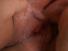 Eye-catching Japanese darling pleases with wet fellatio